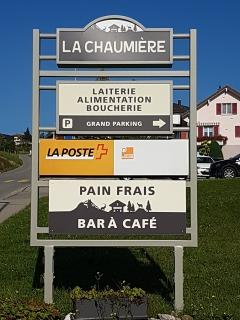Laiterie Alimentation La Chaumière - Totem - Sorens / FR